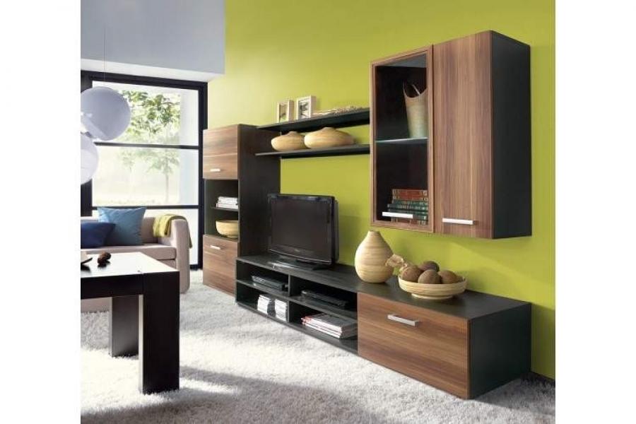 Кухня гостиная с мебелью цвета венге фото