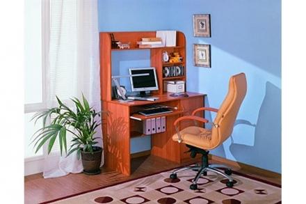 Компьютерный стол 4